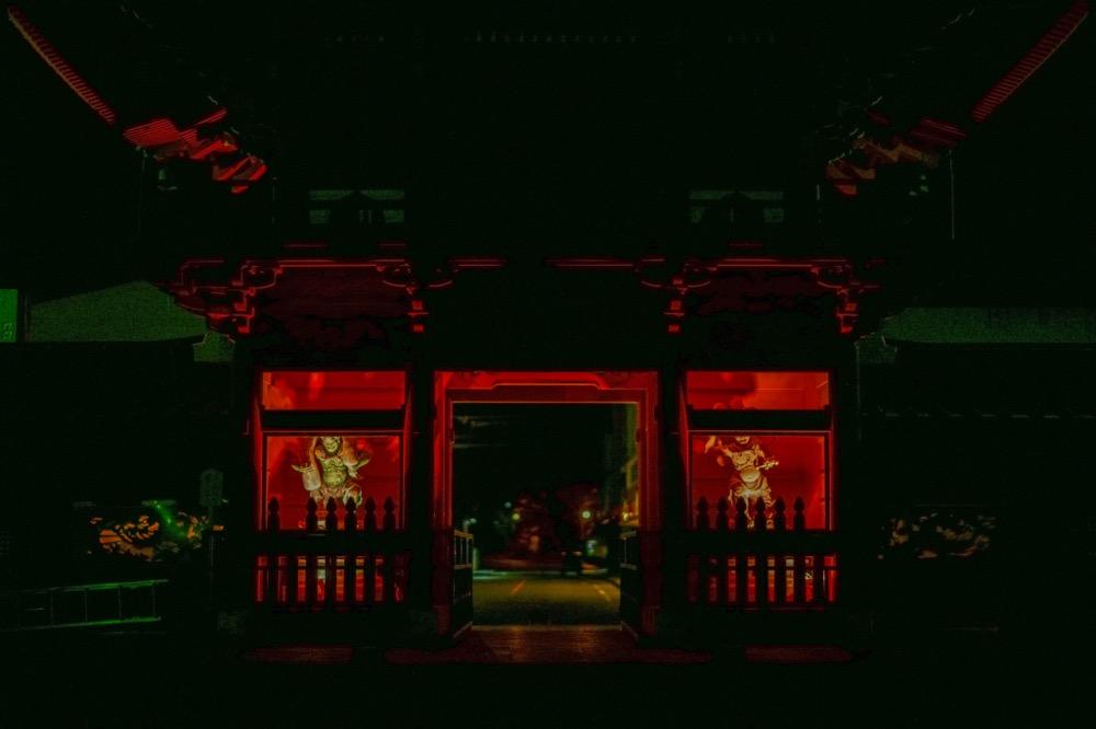 【ライトアップ中禅寺】夜に輝く立木観音や愛染明王が見られる唯一の機会