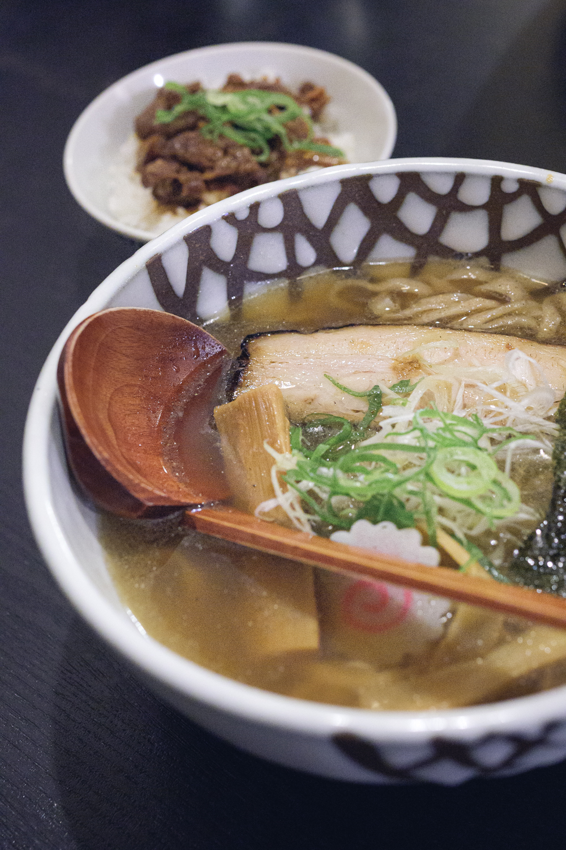 【宇都宮ラーメン 花菱(はなびし)】全粒粉麺&魚介系